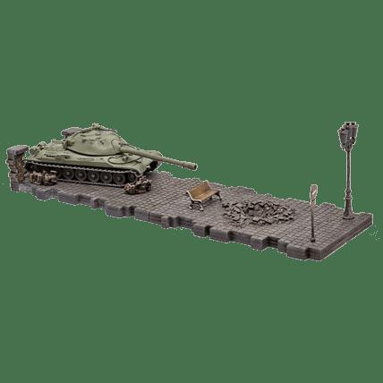 Танк ИС-7 (1:72) в цвете с диорамными подставками и декоративными элементами